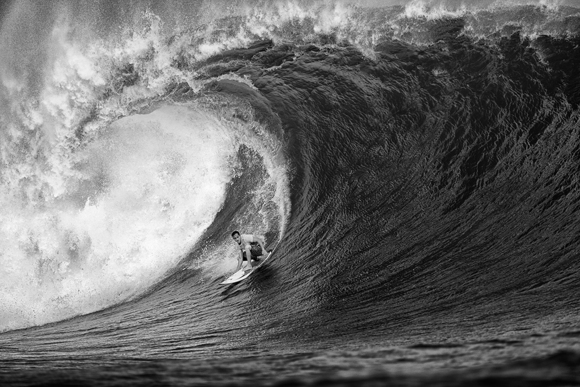Huge barrel, Cloudbreak, Fiji