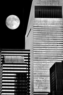 moon over manhatten