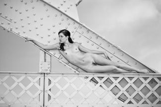 hot slender woman in jeremie