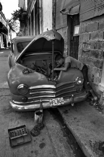Cuban Car Repair