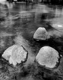 3 Stones in Choron� River