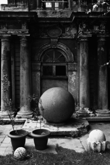 Classical Building with Spheres