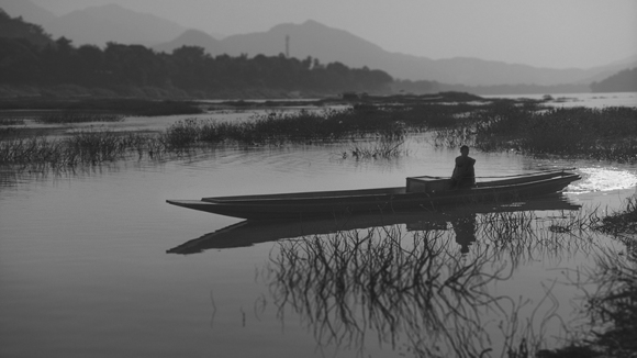 Novice in Boat Mekong