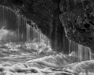 Sea Cave Splash Drip