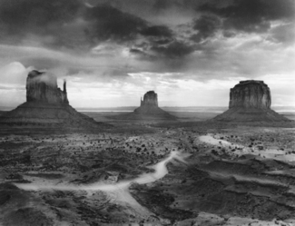 Storm, Monument Valley